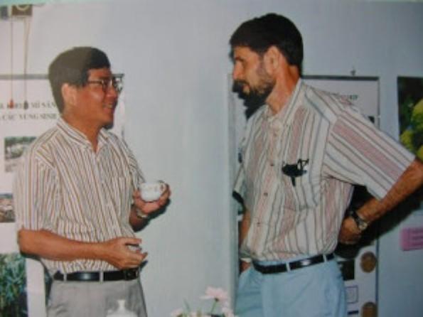 KazuoKawano and Reinhardt Howeler
