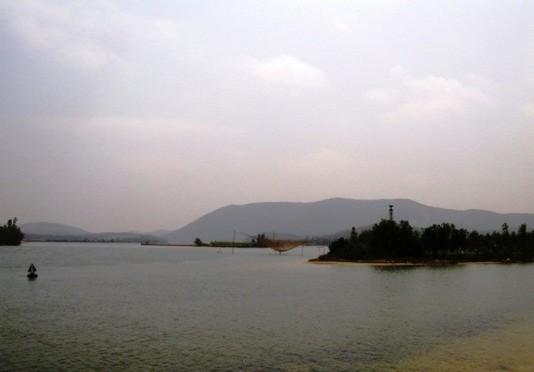 Hình ảnh này không có thuộc tính alt; tên tập tin này là Nguon-Son-nga-ba-song-huyen-thoai-3.jpg
